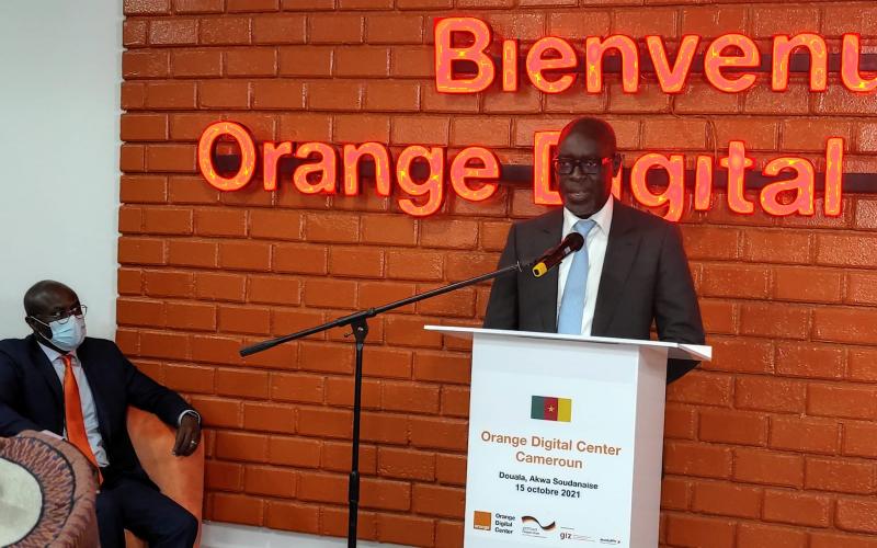 Cameroun : Un incubateur Orange ouvre à Douala